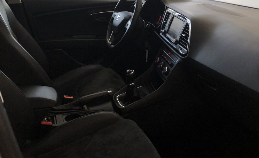 SEAT LEON ST 1,6 TDI  Full LED, Navi, Alcantara